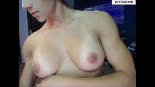aspen oiling her beautiful breasts